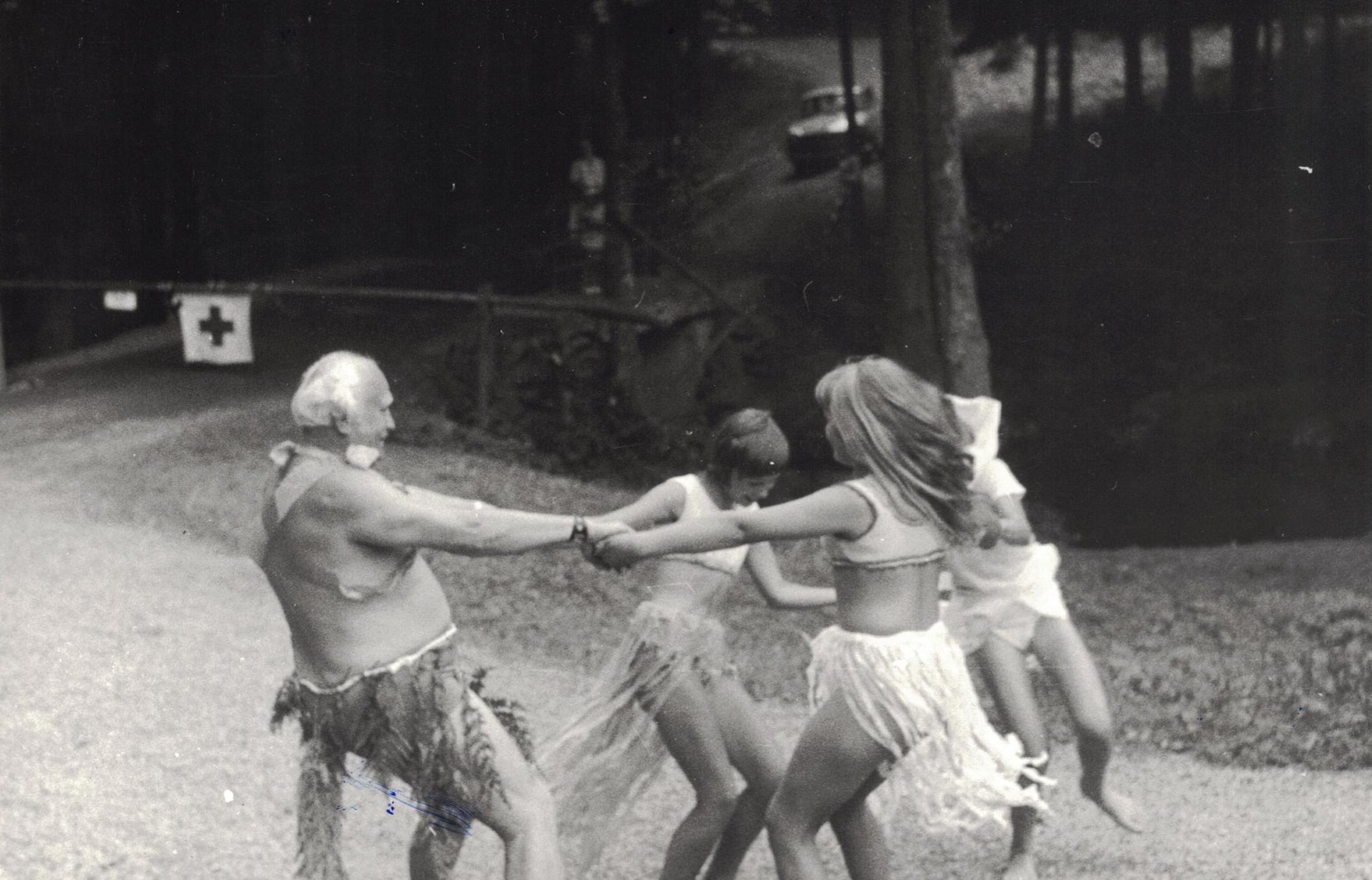 https://www.rudolfaci.cz/wp-content/uploads/2020/11/1975_Karneval_01-1.jpg