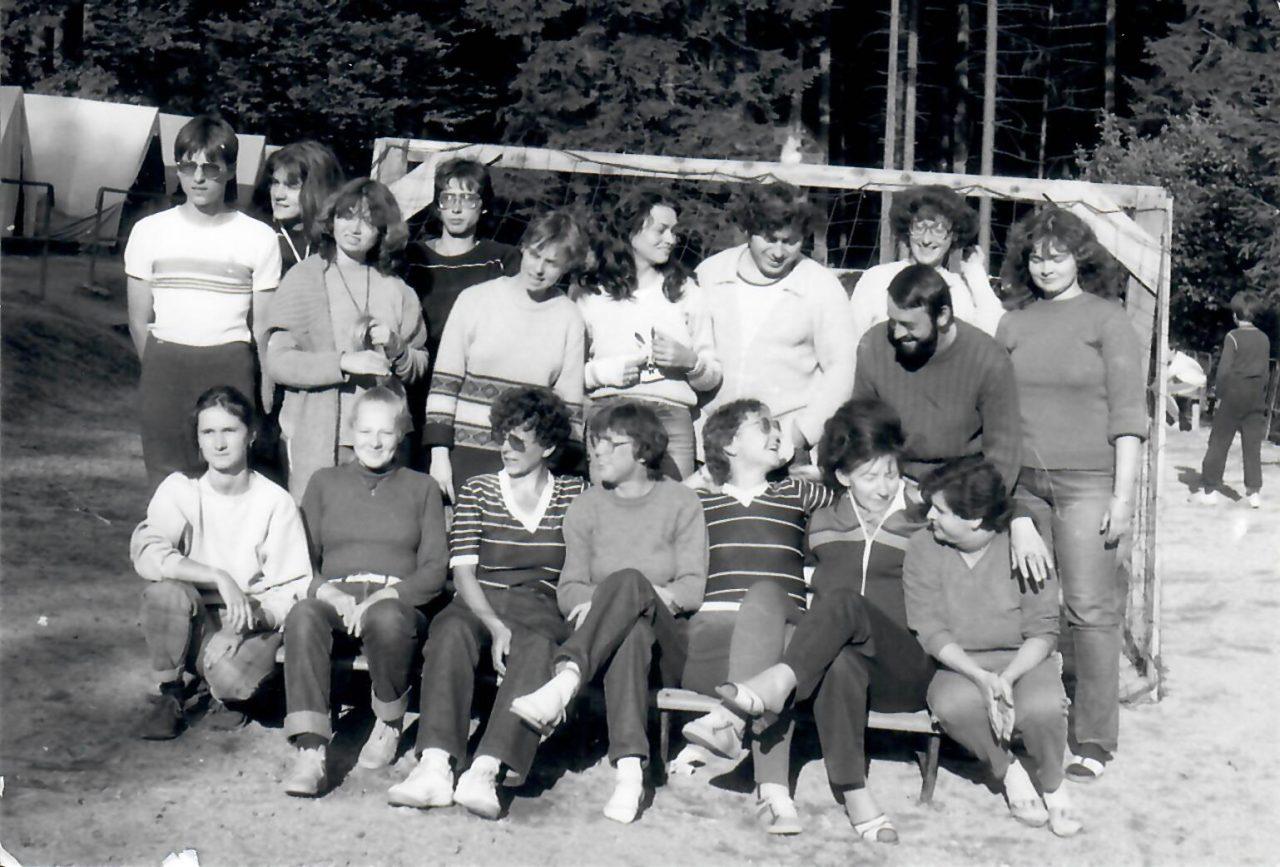 1987_Saxana